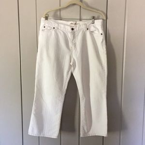 Pair of Eddie Bauer white denim/Jean capris